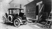 Cuando hace un siglo ya estaba de moda conducir un coche eléctrico