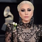 Lady Gaga Delivers Pizza to Victims of California's Woosley Fire