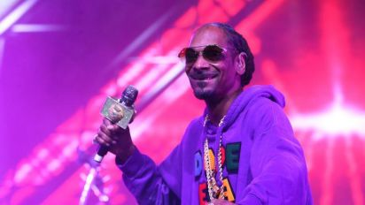Snoop Dogg secretly swapped Matthew McConaughey's prop weed for his own brand while filming The Beach Bum