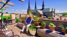 'It's my yoga, it relaxes me': Rooftop veggie garden provides salads and serenity