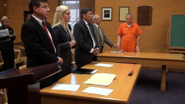 Steubenville rape case: 4 more school employees indicted