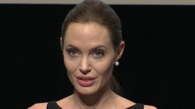ShowBiz Minute: Jolie, Jackson, Box Office