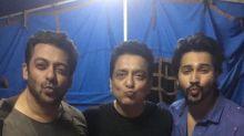 Pic of the day: Salman Khan and Varun Dhawan blow kisses for Judwaa 2
