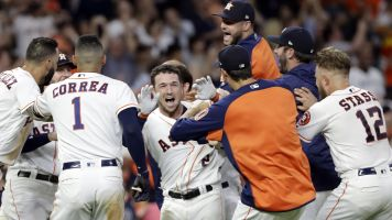 Streaking Astros rise to top of power rankings