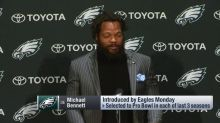 Michael Bennett compared the Philadelphia Eagles' defensive line to the Golden State Warriors