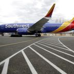Southwest vows investigation into grounded planes amid talks with mechanics