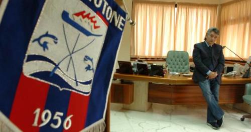 Foot - ITA - Raffaele Vrenna, le président de Crotone, démissionne