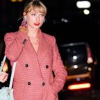 Taylor Swift's Bejeweled Headband Might Be Yet Another Countdown Clue