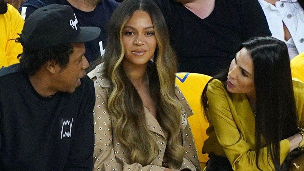 Did Beyoncé Have To Stop Another Woman Touching Jay Z