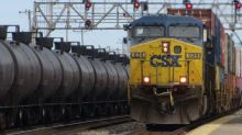 CSX Corporation (NASDAQ:CSX) Looks Like A Good Stock, And It's Going Ex-Dividend Soon