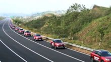 55 identical SUVs set autonomous car parade record