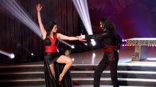 Ballando con le Stelle: l'incidente di Manuela Arcuri sul palco