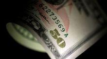 Forex, valute rifugio ritracciano su minori timori per geopolitica