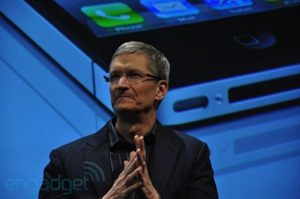 Apple on iPad competition: Windows is 'big and heavy,' next-gen Android tablets are still vapor