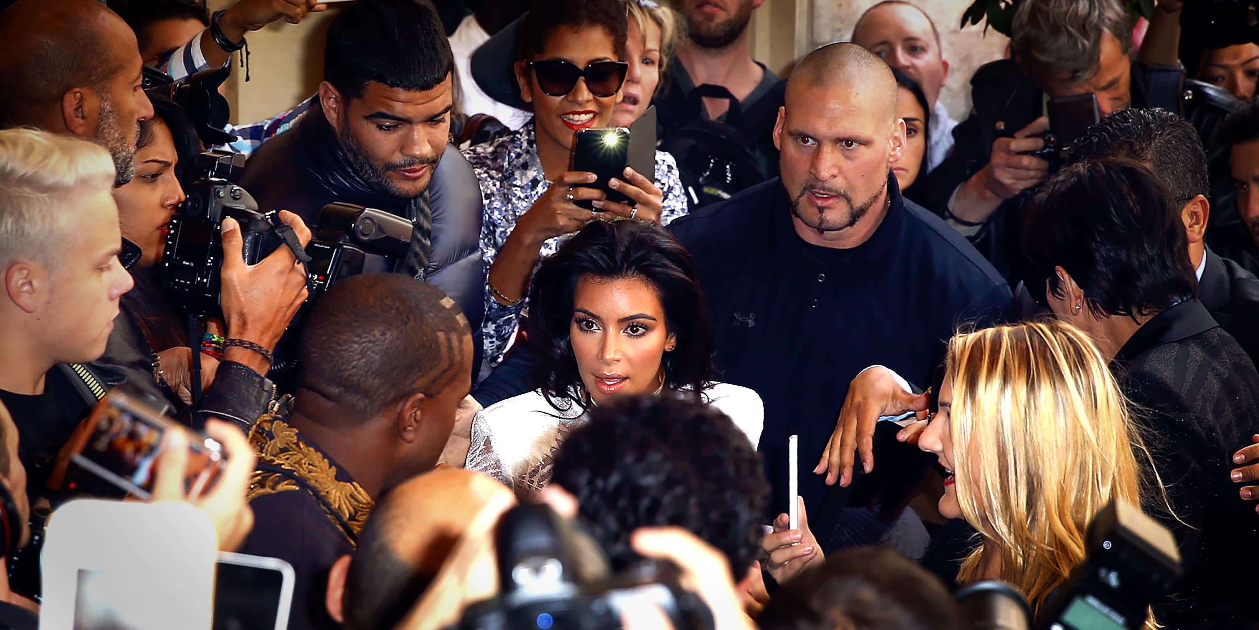 Celebrity Paparazzi Photos - X17 Online