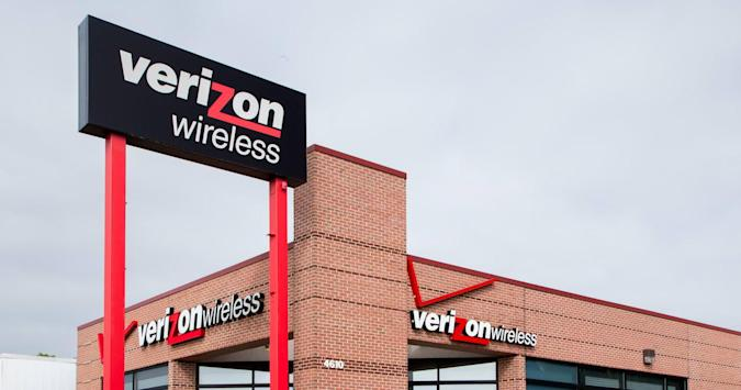 Verizon will give you up to $650 to switch carriers