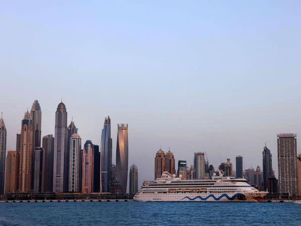 Women Arrested for Posing Naked on Balcony in Dubai