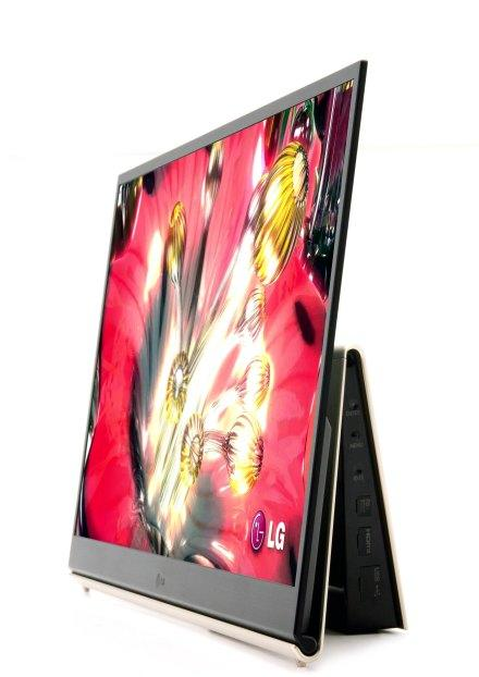 LG's 15-inch OLED TV on sale in Korea this November, overseas in 2010