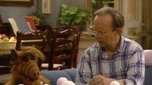 Muere Max Wright, el actor que interpretó al padre adoptivo de ALF en la serie de los ochenta
