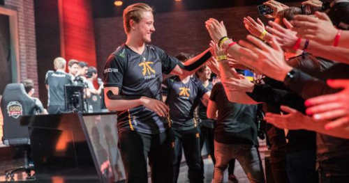 eSport - eSport : sur League of Legends, Misfits et Fnatic en demies des LCS