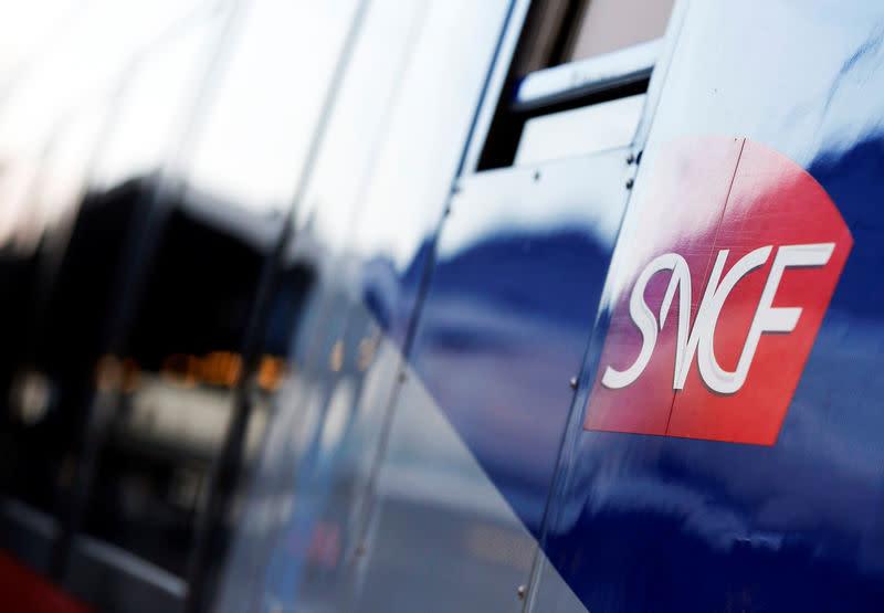 5d0630781ec SNCF  Borne défend sa méthode face aux mises en garde des syndicats