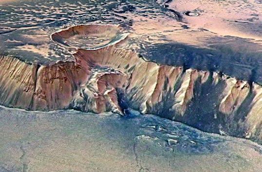 Ancient mega-tsunamis hint at cold Martian oceans