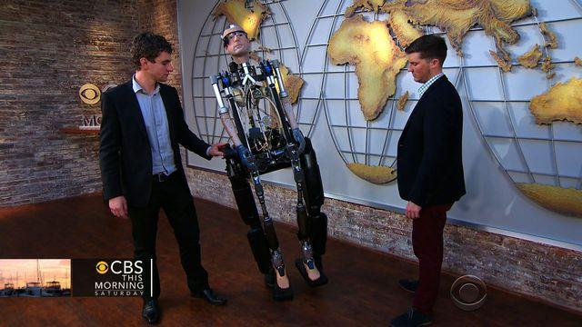 Watch: The world's first fully-functional bionic man
