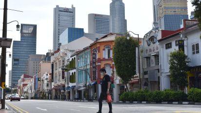 路透:新加坡存款急增涉港資