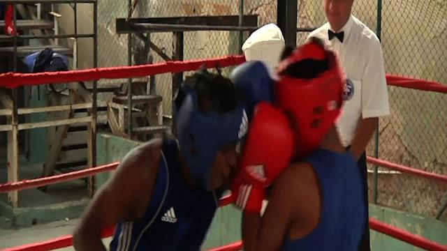 Cuba Considers Partially Lifting Pro Boxing Ban