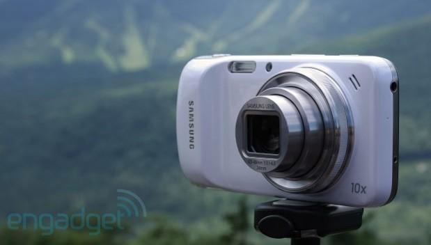 Samsung's Galaxy S4 Zoom with LTE launches in Europe