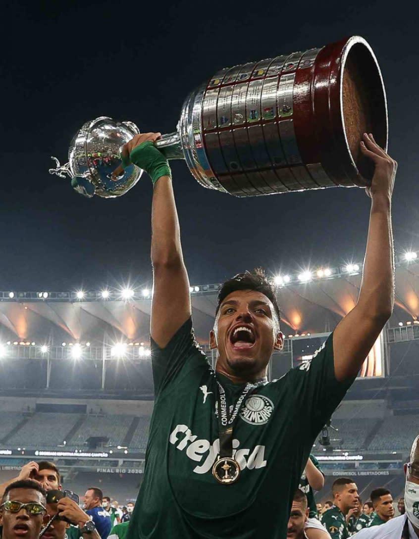 Lista de inscritos para Libertadores é composta por 62% de atletas com passagens pela base