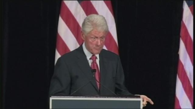 Bill Clinton stumps for Obama
