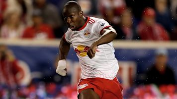 MLS Review: Red Bulls end Dallas' unbeaten run, Sporting stage comeback