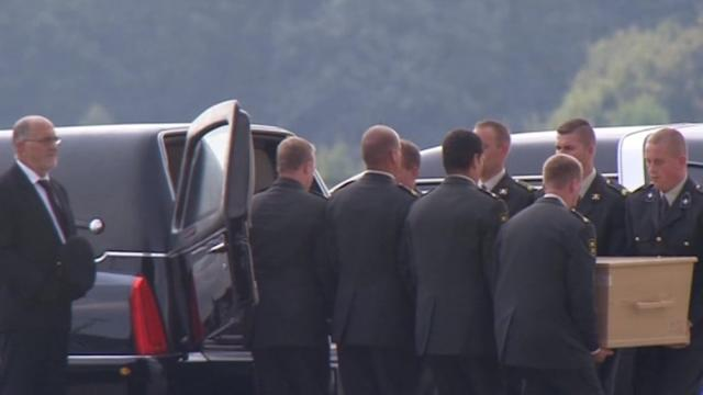 Last planes carrying MH17 crash victims arrive at Netherlands military airport