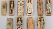 El curioso caso de los misteriosos ataúdes en miniatura que fueron encontrados en el siglo XIX en una cueva de Edimburgo