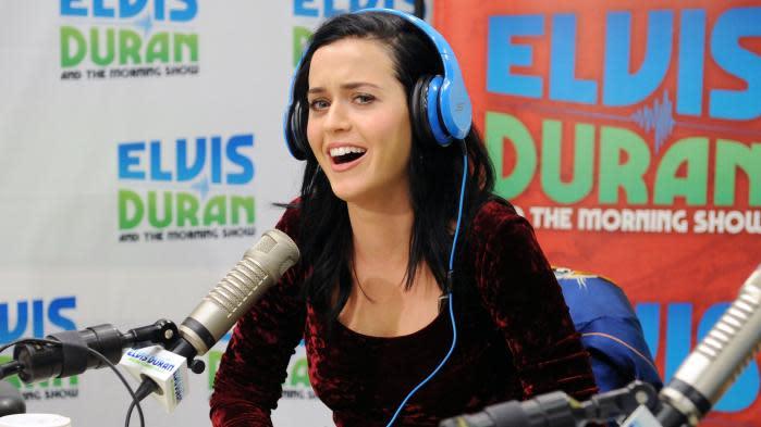 chanteuse datant Katy Perry principes de datation de l'âge relatif