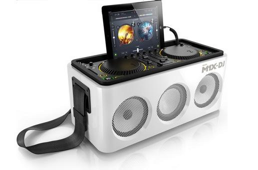 Philips announces iOS-friendly M1X-DJ system, puts decks on your dock