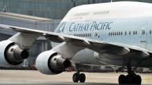 Cathay in Talks With Pilots Over Compensation in Savings Push