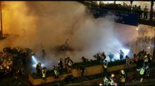 Hong Kong, lacrimogeni sui manifestanti dopo marcia di protesta