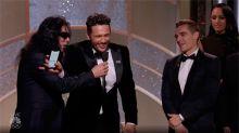 Tommy Wiseau explica qué iba a decir cuando James Franco le quitó el micrófono