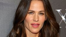 This Is Jennifer Garner's Favorite Sunscreen to Wear Under Makeup