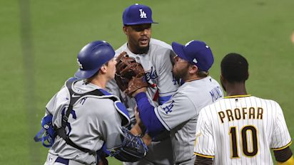 Benches clear, tensions rise in Dodgers-Padres