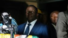 """Mnangagwa verspricht Simbabwe nach Ende der Ära Mugabe """"volle Demokratie"""""""