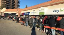 Legal cannabis draws huge lineups as stores open in Calgary