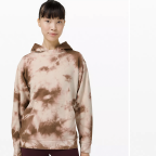 Lululemon Just Launched An Eco-Friendly Tie-Dye Collection and NGL, I'm Obsessed