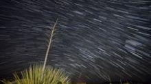 Slow Motion Timelapse Captures One Hour of Geminid Meteors Passing Over New Mexico