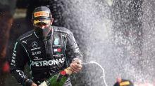 Hamilton llega triunfal al santuario de Ferrari, con la 'Scuderia' en crisis