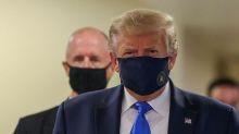 川普視察軍事醫療中心 首度公共場合配戴口罩