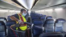 Autorizan un desinfectante para aviones que mata el covid por 7 días