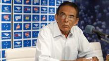 Presidente do Cruzeiro sai em defesa de Benecy Queiroz, Henrique e do diretor Ricardo Drubscky
